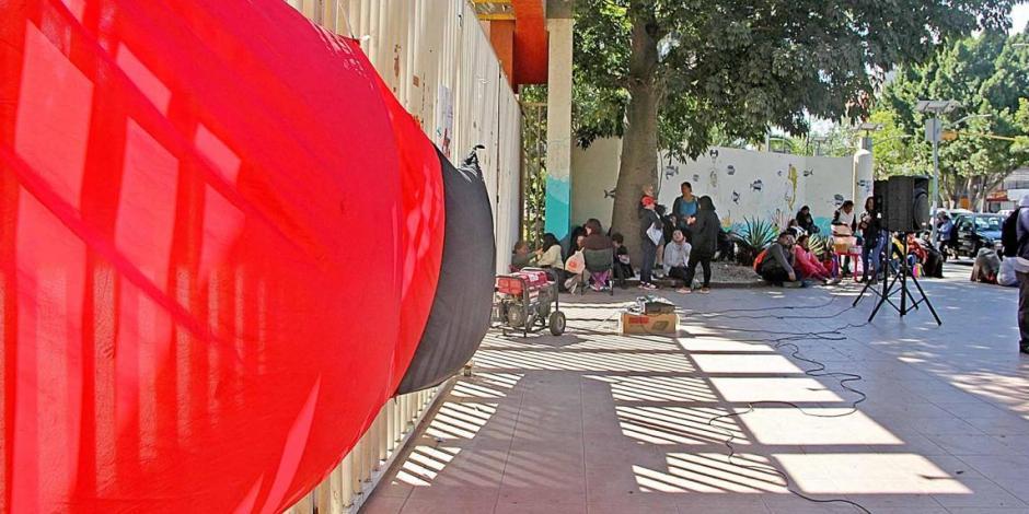 Mantiene huelga sindicato de la UABJO; hay 25 mil estudiantes afectados