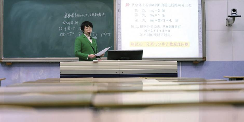 Conecta China a 200 millones de niños en aula virtual de clases