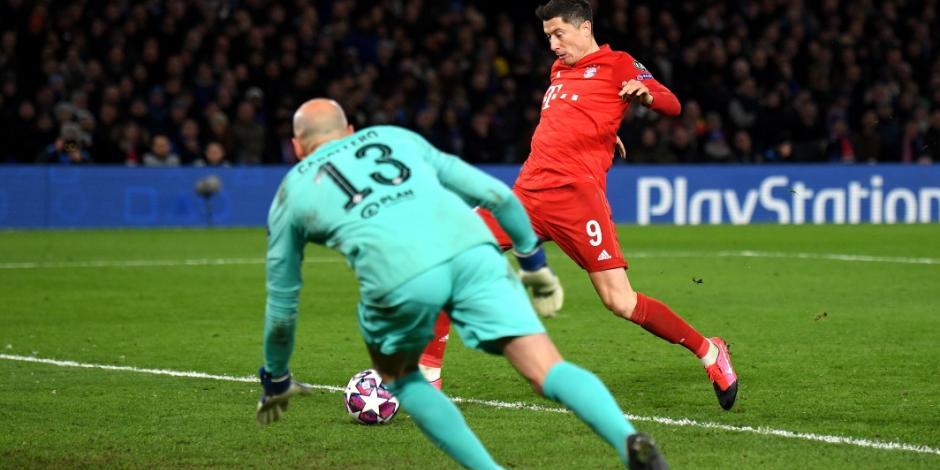 Bayern Múnich golea al Chelsea y se encamina a los cuartos de final