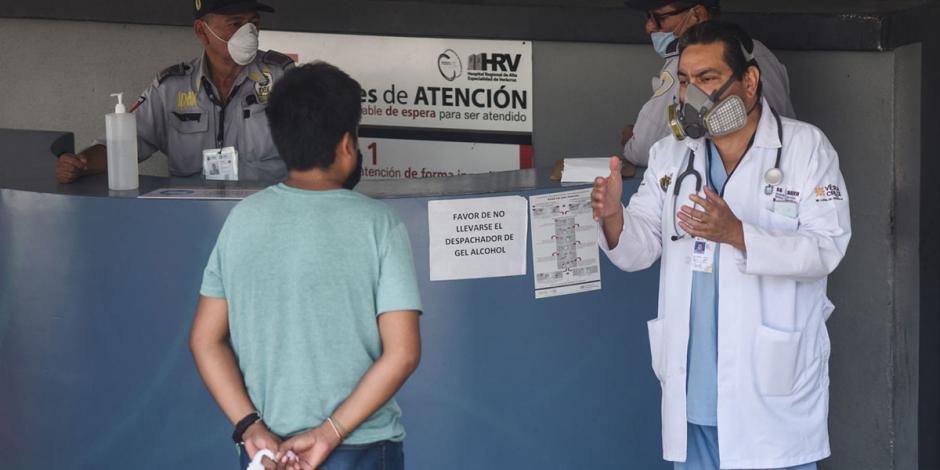 Ofrecen transporte gratis a empleados de salud en Veracruz