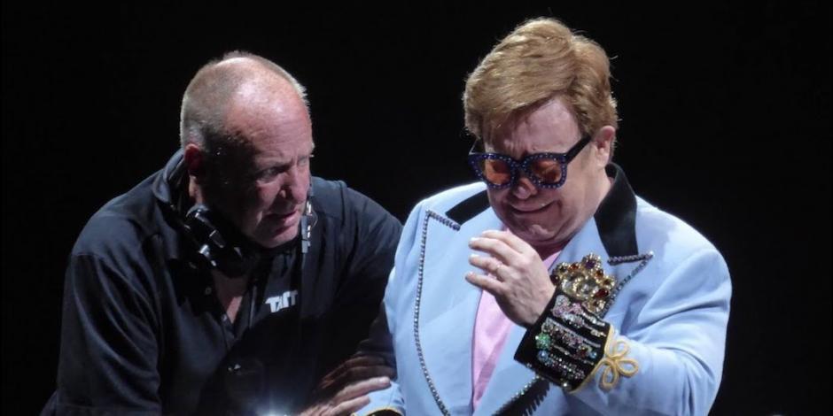Con lágrimas, cancela show Elton John