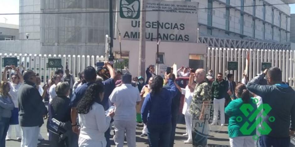 Trabajadores del IMSS protestan en Xalapa y CDMX por falta de insumos