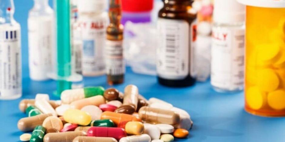 AMLO acusa que falta de medicamentos es