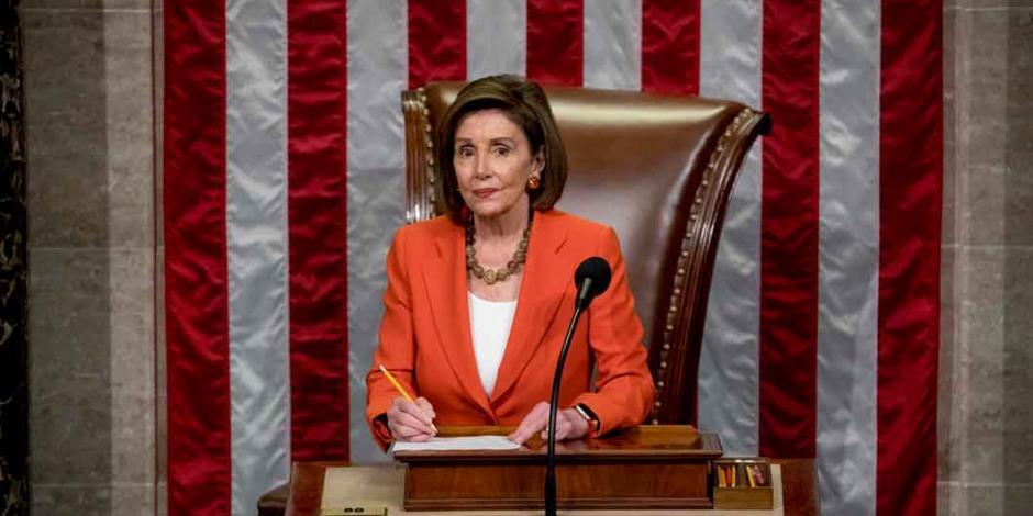 Pelosi nombra a 7 fiscales para acusar a Trump en impeachment