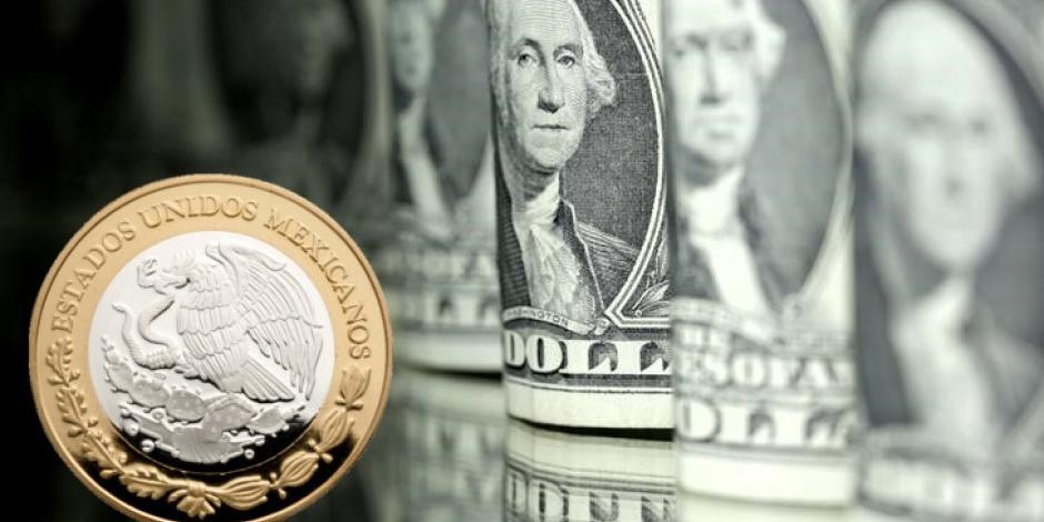 Peso mexicano cae 1.26% después del informe de AMLO