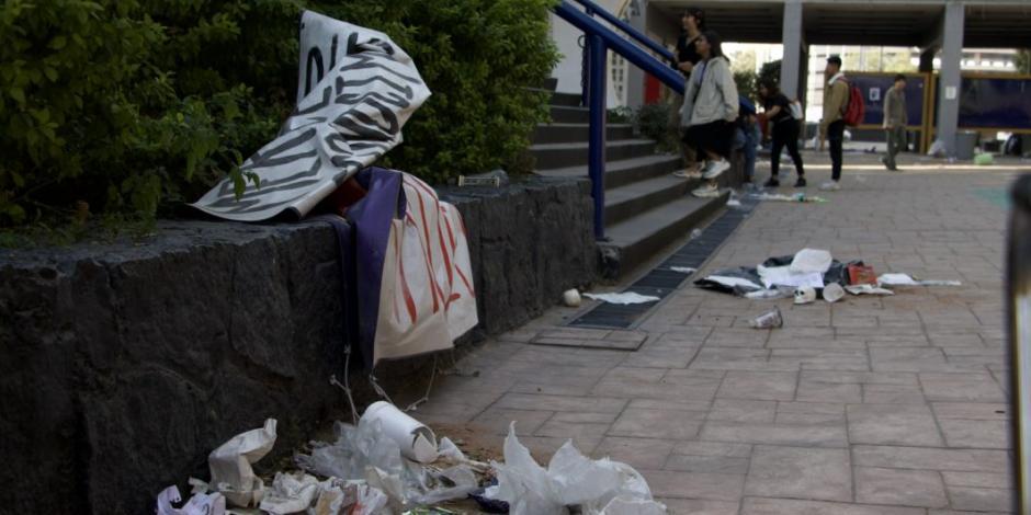 Estudiantes de Prepa 9 limpiarán destrozos de paristas