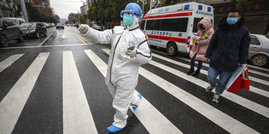 Aumenta a 106 número de muertos por coronavirus en China