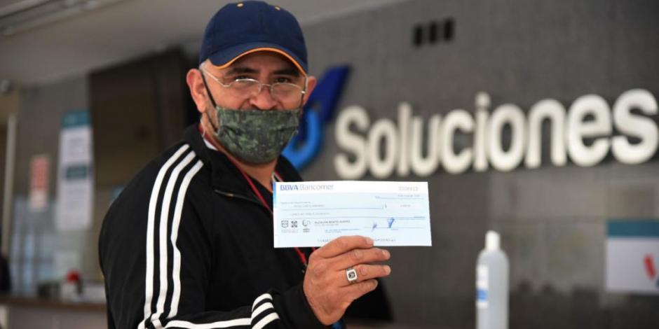 Entrega Santiago Taboada apoyos económicos a microempresarios en BJ