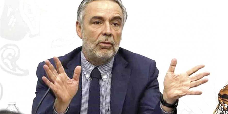 Líder de Morena pide indagar a Videgaray