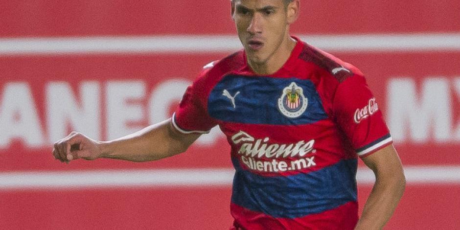 Uriel Antuna debuta con Chivas en victoria sobre Necaxa