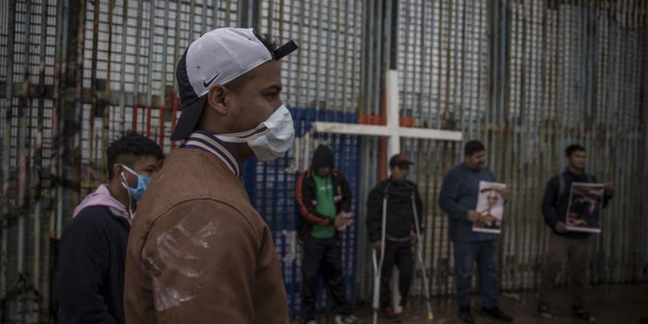 Apoyan ONG a migrantes en la frontera norte