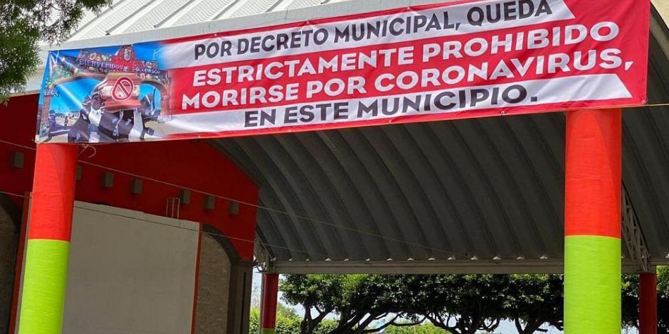 Alcalde de Soconusco prohíbe a vecinos morir de COVID-19... por decreto