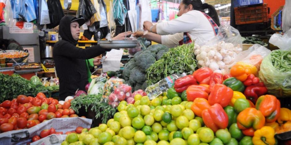 Economía mexicana se contrae 2.4% anual en primer trimestre de 2020
