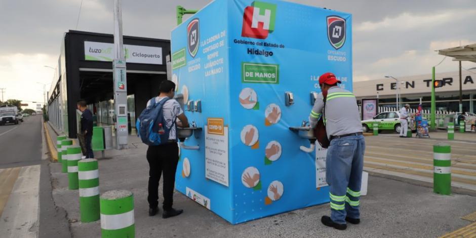Equipan con crema y gel antiviral 114 lavamanos en Hidalgo