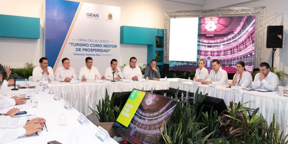 Presentan gobernadores del PAN contrapropuesta en salud