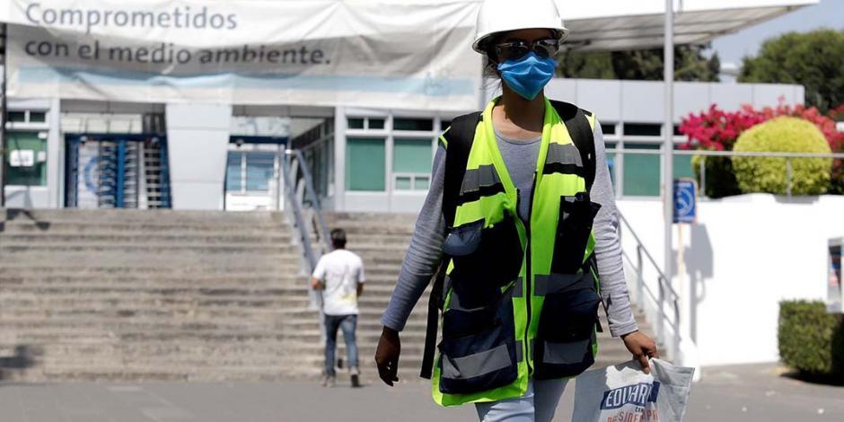 Reactivar sector automotriz dispararía cifra de contagios, advierte Barbosa