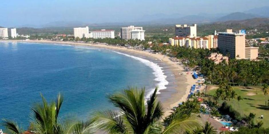 Ordena Astudillo cierre de playas de Guerrero por emergencia sanitaria