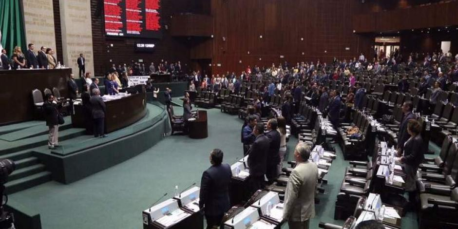 Por unanimidad, diputados avalan convocatoria para nuevos consejeros del INE