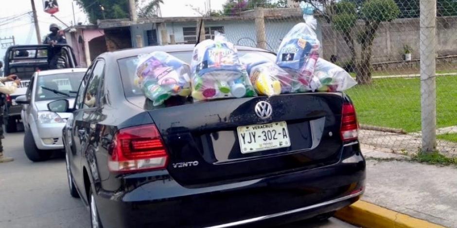 Detienen en Veracruz a miembros de grupo delictivo repartiendo despensas