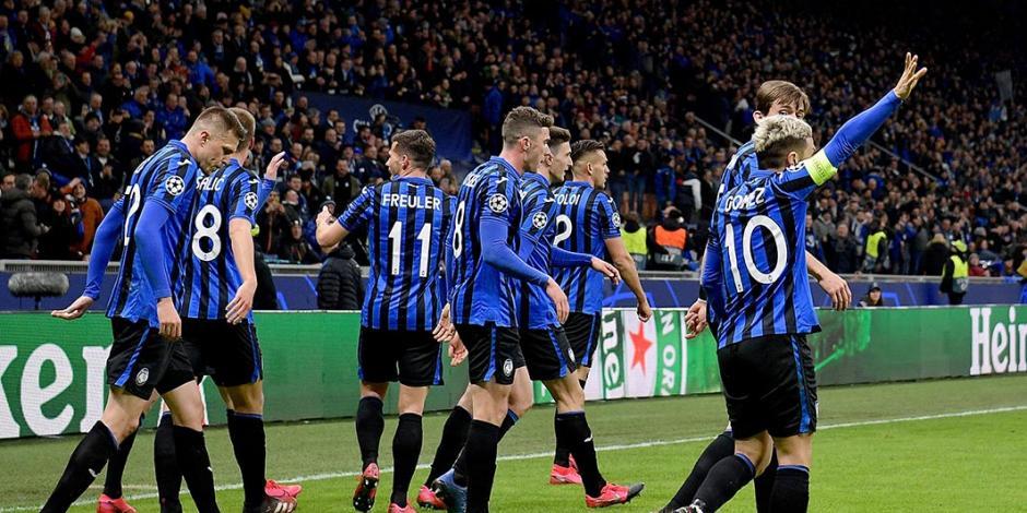 Atalanta golea al Valencia y pone un pie en cuartos de final de Champions