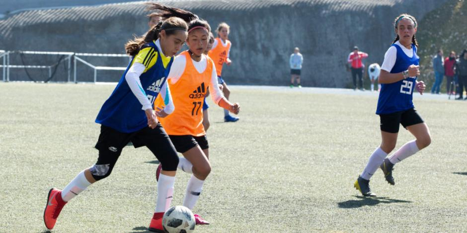 Asisten 191 niñas en comienzo de visorias de Academia Femenil FIFA/FMF
