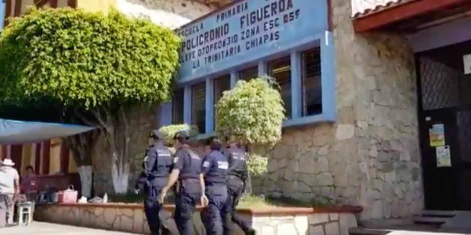 En Chiapas, estudiante de 5to de primaria ingresa con arma al salón