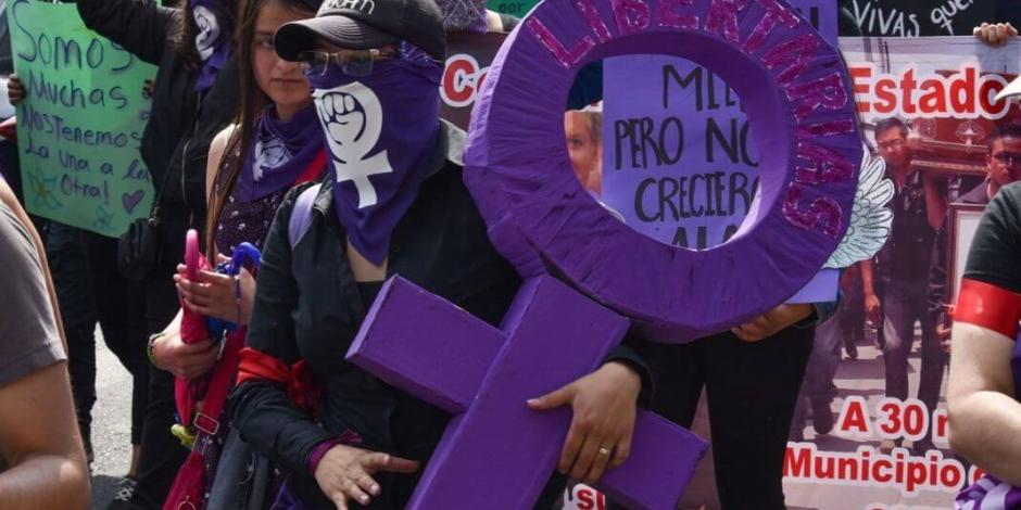Convocan feministas a protesta virtual por violencia durante aislamiento
