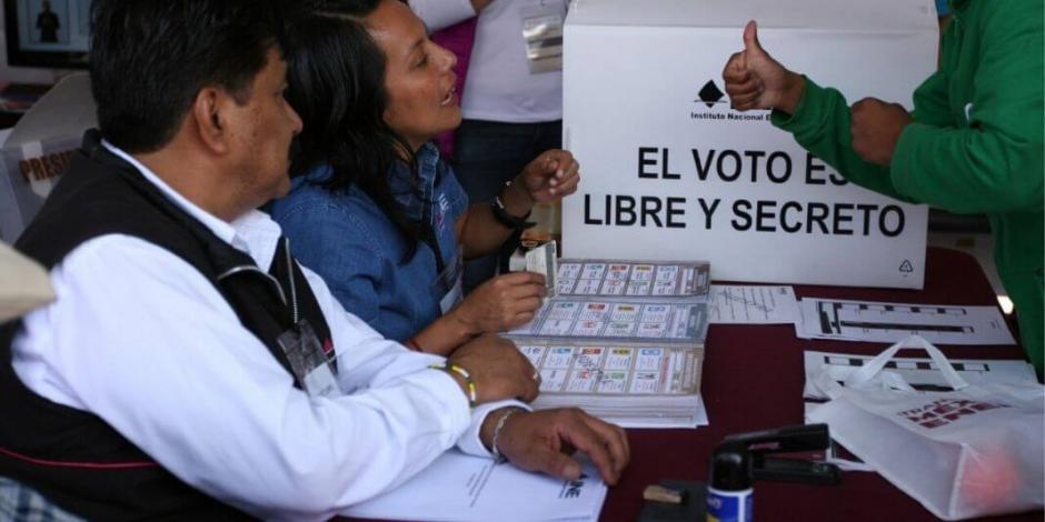 AMLO asegura que reformas político electorales no son necesarias