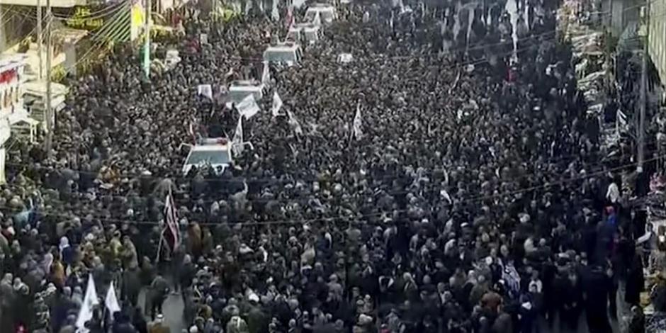 Miles de iraquíes despiden al general iraní Soleimani