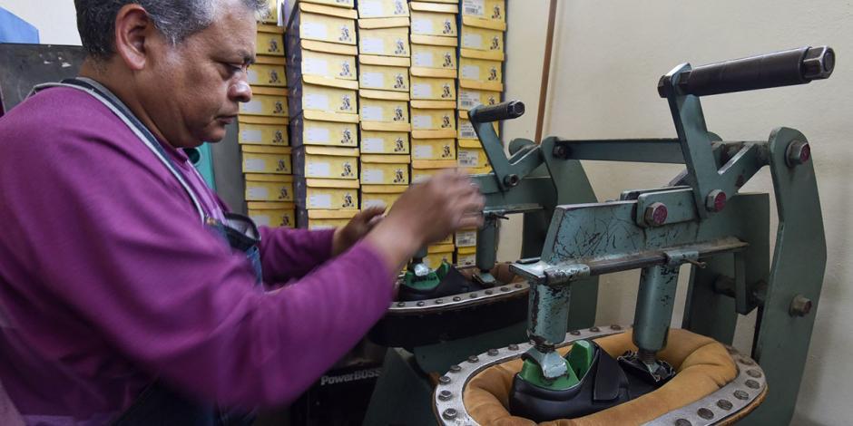 Advierten zapateros cierre de 70% de empresas en Guanajuato