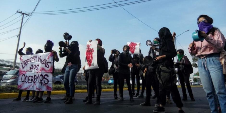 Con cacerolazo, protestan contra los feminicidios en Ecatepec (VIDEO)