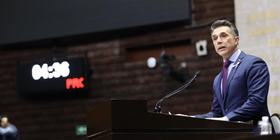Sergio Mayer busca que tecnologías paguen regalías a los artistas