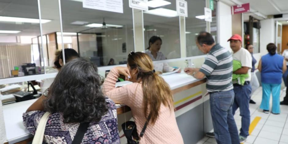 Ya se está pagando a maestros michoacanos, informa Silvano Aureoles