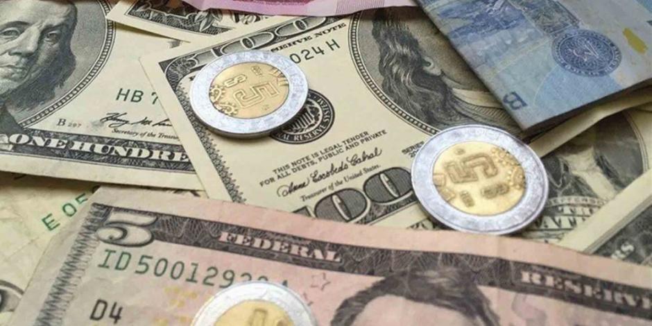 Dólar sigue retrocediendo frente al peso; se vende en 19.71 unidades