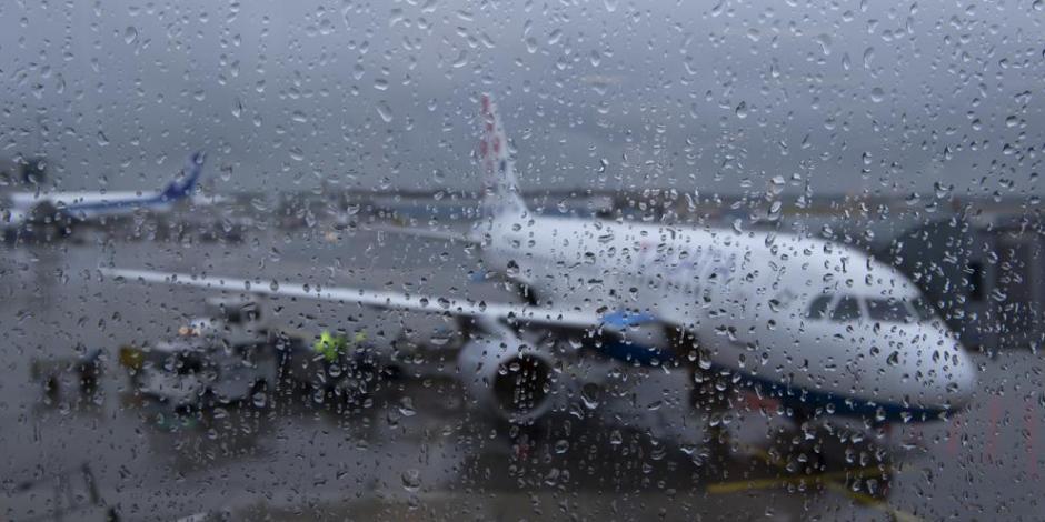 Aerolíneas cancelan vuelos a Los Cabos por presencia de