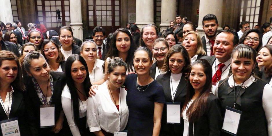 Trabajo conjunto, clave para acciones en pro de derechos de las mujeres: Sheinbaum