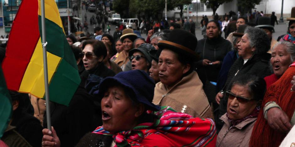 Enfrentamientos en protestas dejan al menos 20 heridos en Bolivia