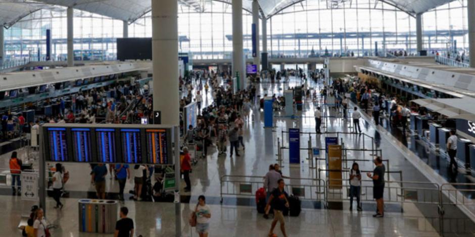 Tribunal en Hong Kong declara ilegal presencia de manifestantes en aeropuerto