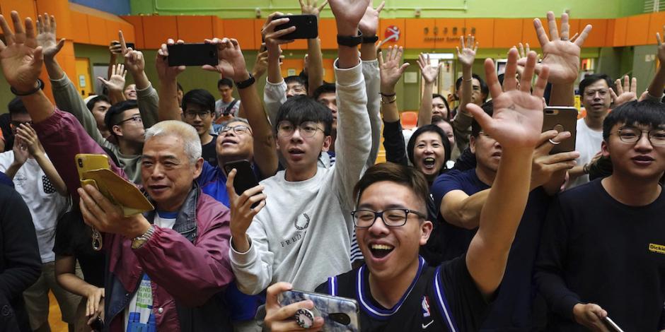 Arrasa ola antiChina en comicios de Hong Kong