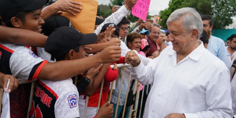 Antorchistas exigen respeto durante evento de López Obrador en Veracruz