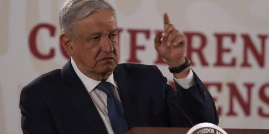 """AMLO a partidos: """"no se hagan patos"""" y reduzcan prerrogativas"""