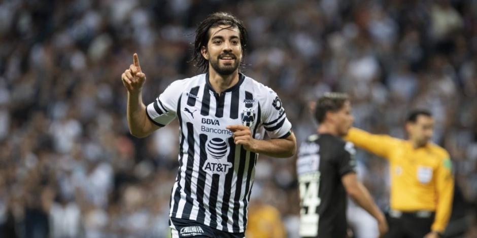 Rodolfo Pizarro afirma que regresaría a Chivas