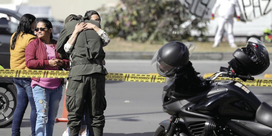 Atentado con bomba mata a 21 en Colombia y pone a prueba la paz