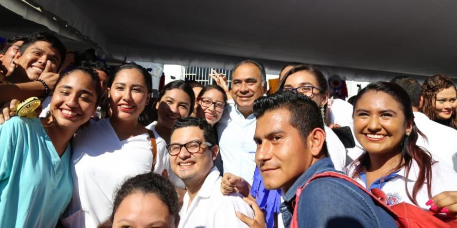 Reitera Héctor Astudillo su apoyo a la Universidad Autónoma de Guerrero