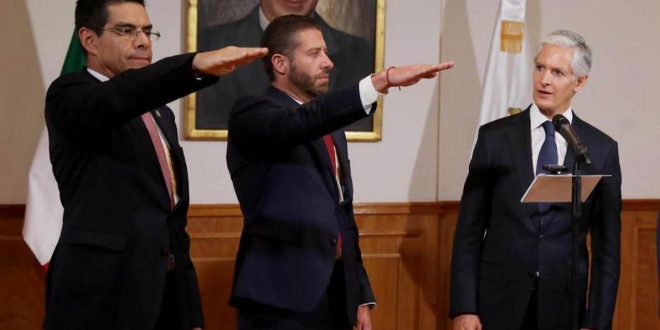 Del Mazo toma protesta a nuevos funcionarios de su gabinete