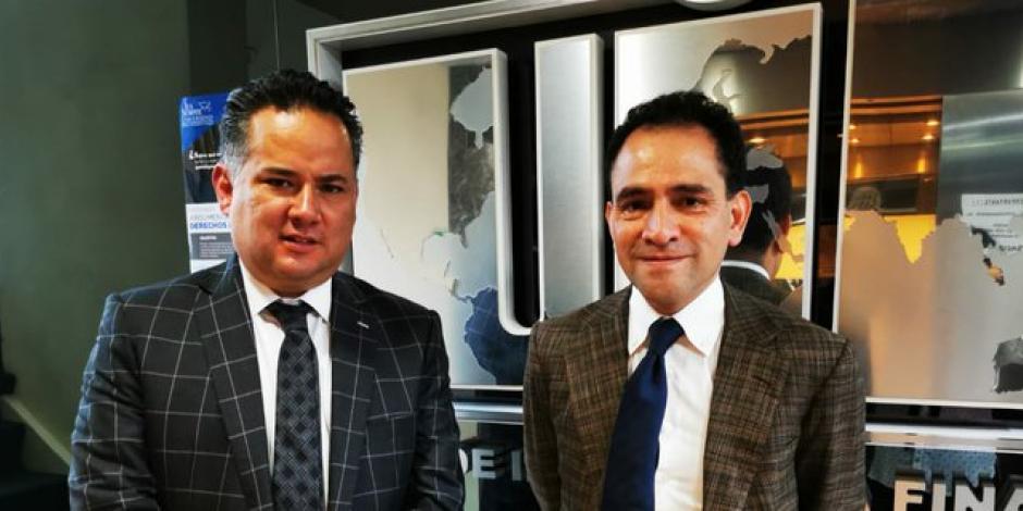 Visita Arturo Herrera a Santiago Nieto en Unidad de Inteligencia Financiera
