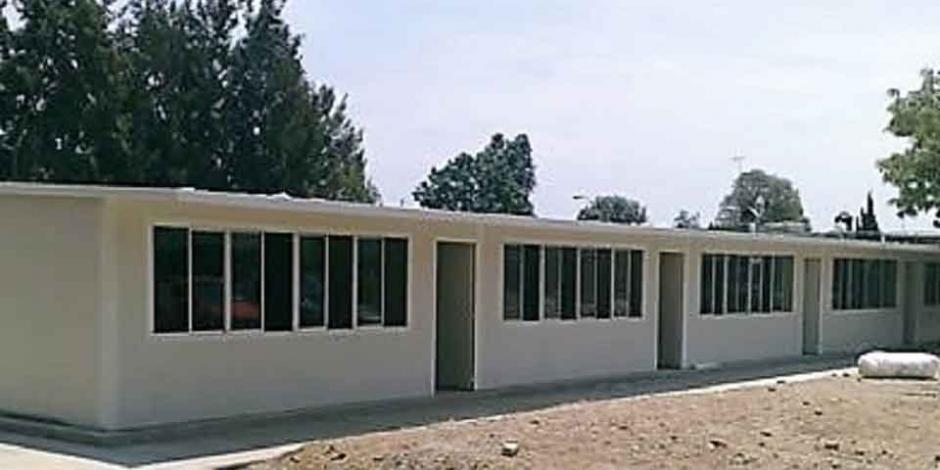 Inician curso 25 escuelas capitalinas en aulas provisionales