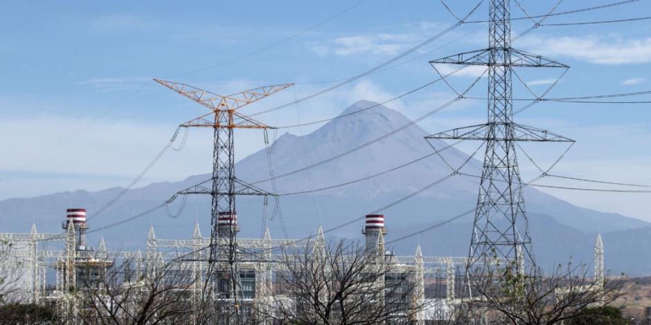 CFE planea construir tres nuevas centrales de energía eléctrica