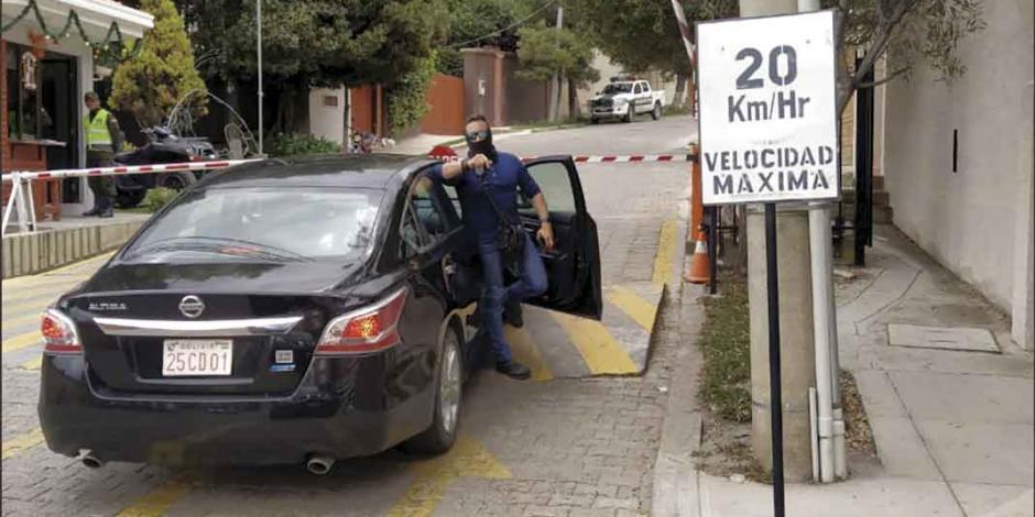 España retira de Bolivia a 6 funcionarios de su embajada en La Paz