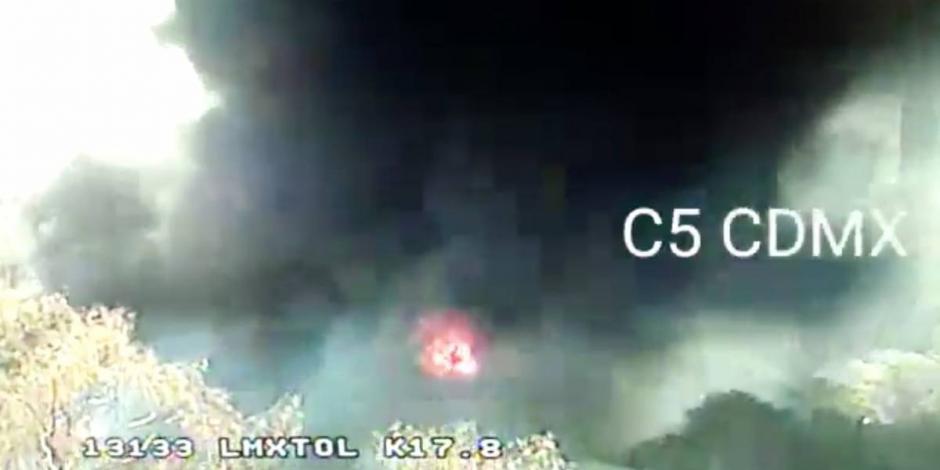 AlMomento-Incendio-en-lote-baldío-en-SantaFe-moviliza-a-cuerpos-de-emergencia-de-CDMX-️